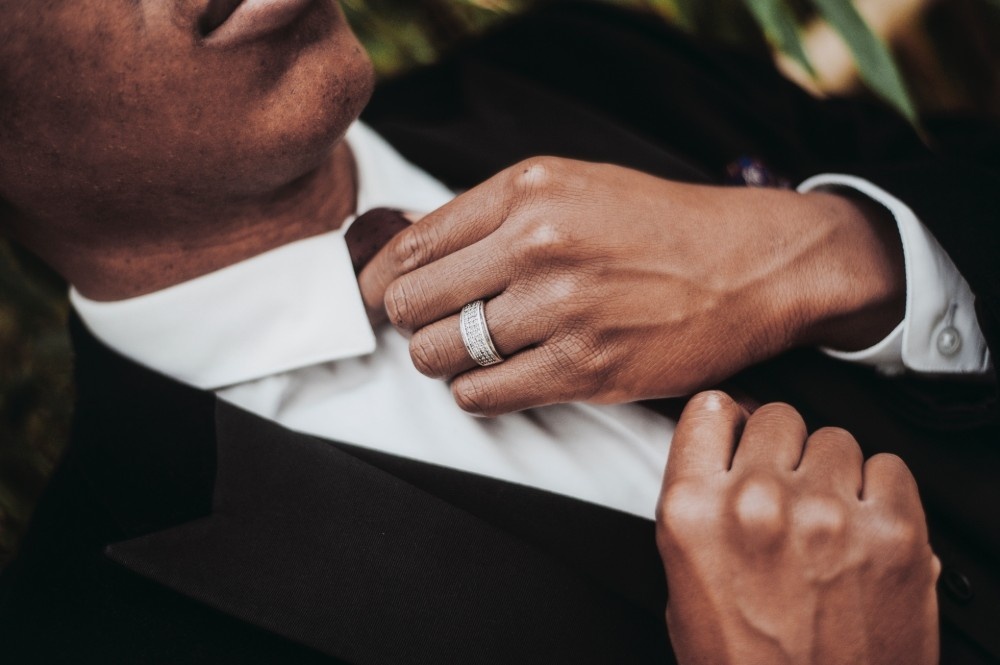 How to choose wedding rings for men